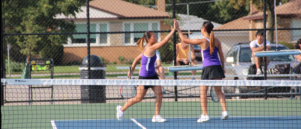 Tennis takes on the CSL, places fourth in doubles quad