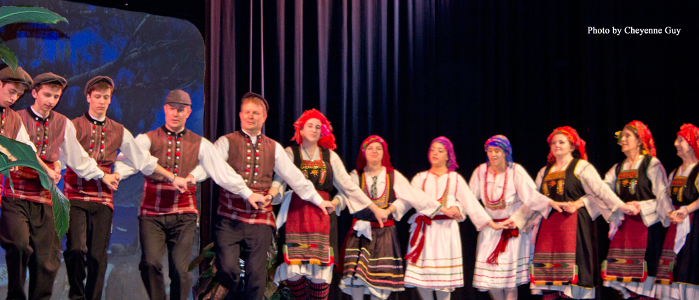 Opaa! Skokie comes together to celebrate Greek culture