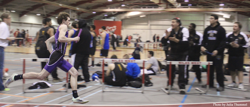 Boys indoor track takes third